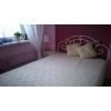 Кованая кровать и тумбочка