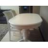 Продаю деревянный стол со стульями